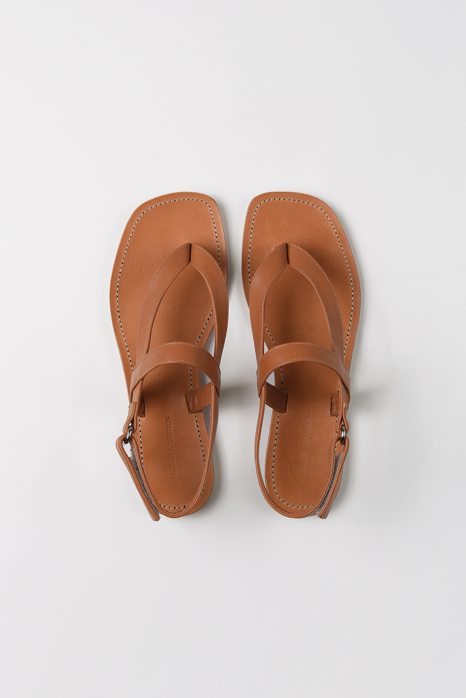 Tri-crossover leather sandals (camel)